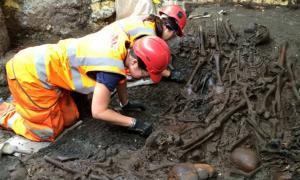 Crossrail archaeologists excavate an apparent mass grave at the Bedlam hospital cemetery