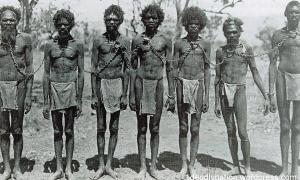 Aboriginals Chained - Australia