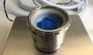 Egyptian blue pigment: the researchers obtained the nanosheets from this powder. (University of Göttingen