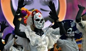 Dia de los Muertos carnival. Day of The Dead parade. Source: Oleg Znamenskiy / Adobe Stock.