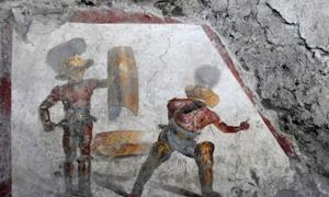 Gladiator fresco found in Regio V, near Pompeii. Credit: Pompeii Archaeological Park