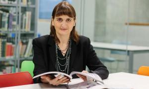 Gloria Moss, Author