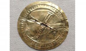 Rare gold sun disc from Stonehenge era