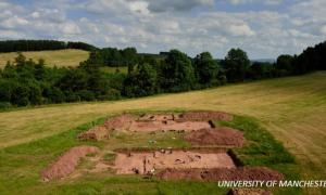 6000-year-old 'halls of the dead' Manchester UK