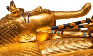 King Tut's sarcophagus. Source: Jaroslav Moravcik / Adobe Stock.