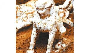 The marble sphinx was found in a Chinese grave dating back more than 1,000 years.