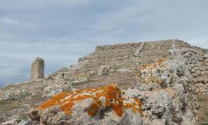 The Monte D'Accoddi ziggurat on Sardinia. Source: Pierluigi Tombetti