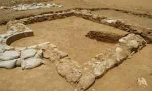 This rural mosque likely served nearby farmers sometime between 600 and 700 AD. (Emil Aladjem / Israel Antiquities Authority)