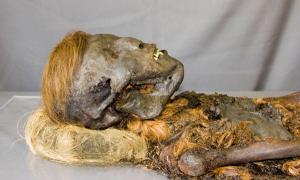 Russian Mummies