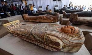 A few of the perfectly preserved new Egyptian mummies and coffins recently found in the Saqqara area, south of Cairo.        Source: Ministry of Tourism and Antiquities