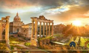 Roman Forum. Ruins of Roman Forum in Rome, Italy during sunrise. (twindesigner / Adobe Stock)
