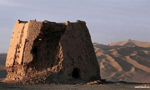 Prehistoric civilization along Silk Road
