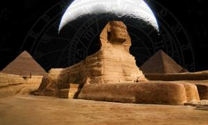 Giza, The Time Keeper of the Ages: Alignments, Measurements, and Moon Cycles