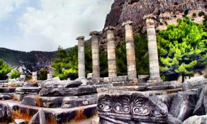 Temple of Athena in Priene. Source: Yilmaz Oevuenc / CC BY-SA 2.0