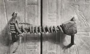 The unbroken seal on Tutankhamun's tomb, 1922.