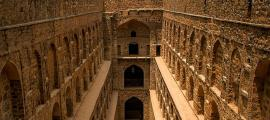 Agrasen ki baoli.