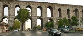 "The ""downtown"" Istanbul Bozdoģan Kemeri bridge is one of the most famous sections of the Roman aqueduct of Constantinople."