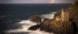 A rainbow at Botallack Mines in West Cornwall.        Source: Chris / Adobe Stock