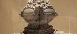 Prehistoric Jomon dogū statue with large eyes and hips, Ebisuda Site in Tajiri, Miyagi Prefecture, Japan.  1000–400 BCE.