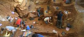 Lapa do Picareiro Cave Findings Rewrite History of Human Migration