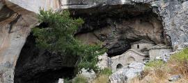 Penteli cave, 2009.