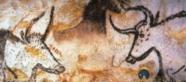 Aurochs, Horses and Deer of Lascaux caves (Lascaux / CC BY-SA 3.0)