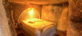 A traditional bedroom in Cappadocia, Turkey. Credit: EvanTravels / Adobe Stock