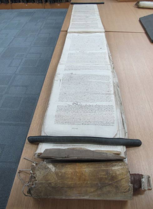 The telling scroll unravels to 13 foot (4 m).