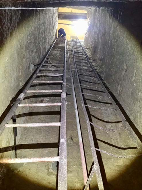 First stage of descent into 'that shaft complex' below the Giza Plateau. (Author provided)