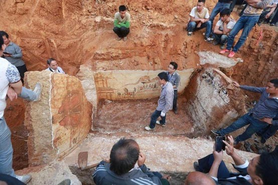 The newly-discovered tomb in Loudi City, Hunan