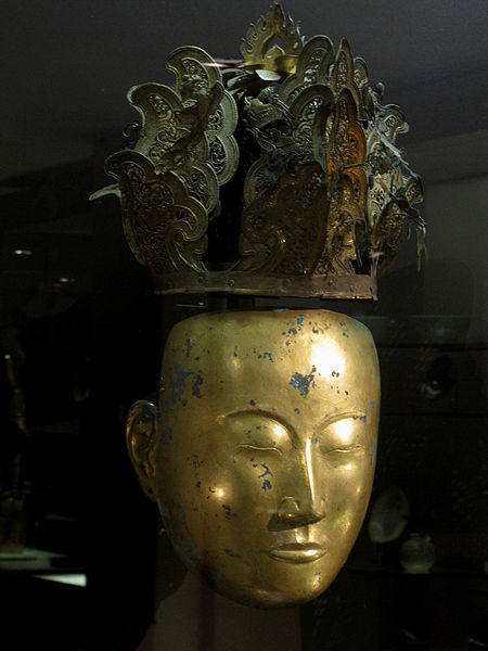A women's funeral mask from the Liao dynasty.